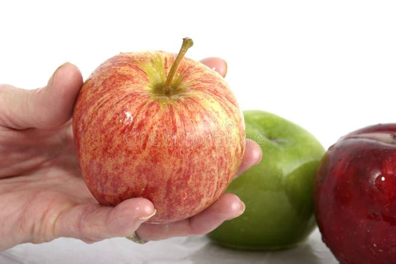 Apple in der Hand