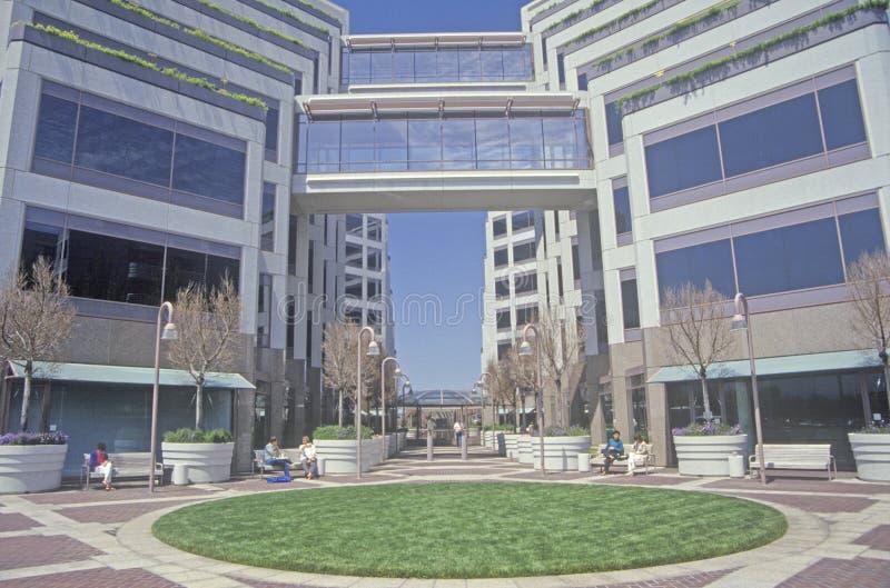 Apple företags högkvarter i Silicon Valley, Cupertino, Kalifornien arkivbilder