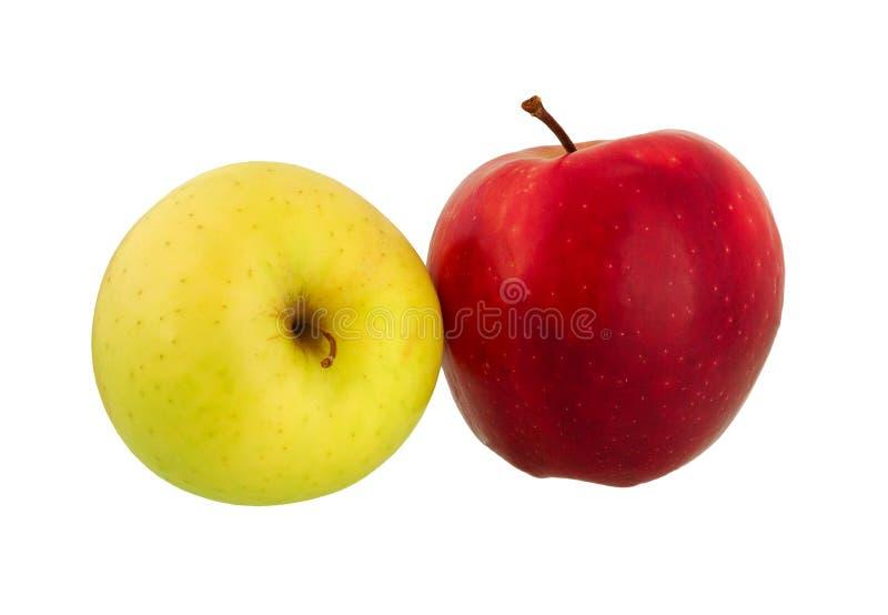 Apple frutifica Dois dos frutos vermelhos e verdes maduros da maçã isolados sobre foto de stock