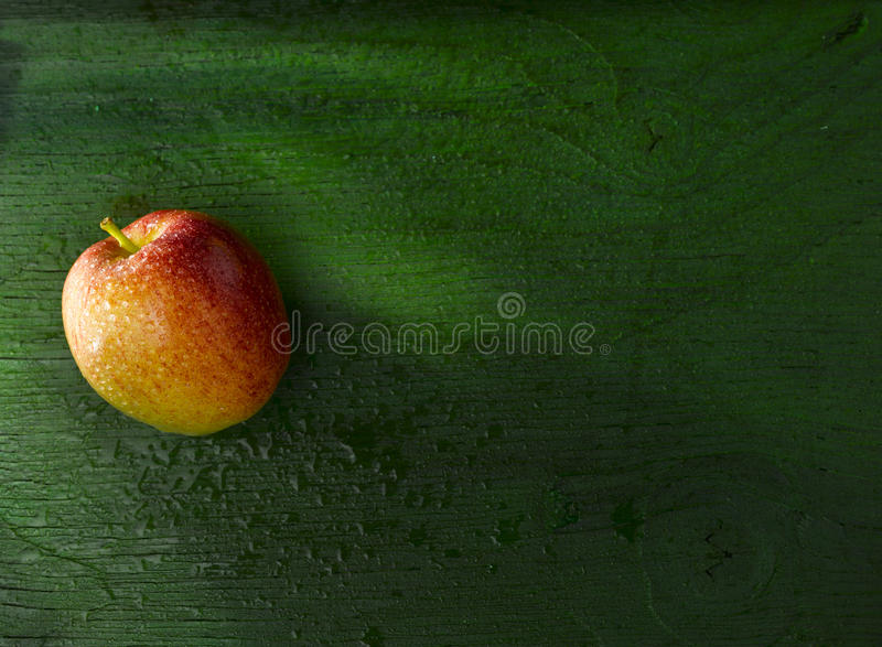 Download Apple On Green Stock Photography - Image: 33593642