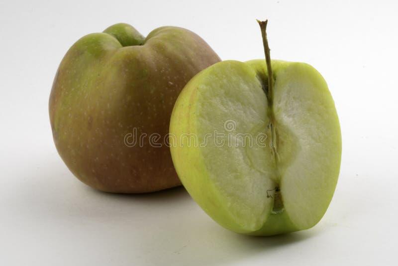 Apple i plasterek na białym tle obraz stock