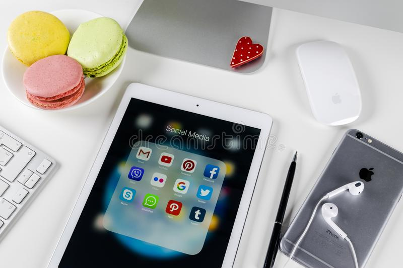 Apple iPad Pro on office table with icons of social media facebook, instagram, twitter, snapchat application on screen. Tablet. Sankt-Petersburg Russia November stock images