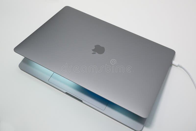 Apple MacBook Pro 15 inch laptop / notebook computer stock photography