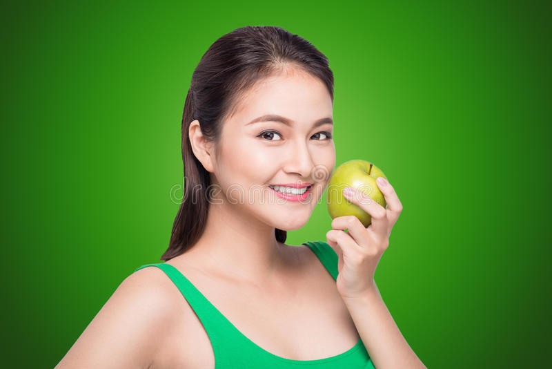 Apple, mulher bonita asiática, fruto fotografia de stock royalty free