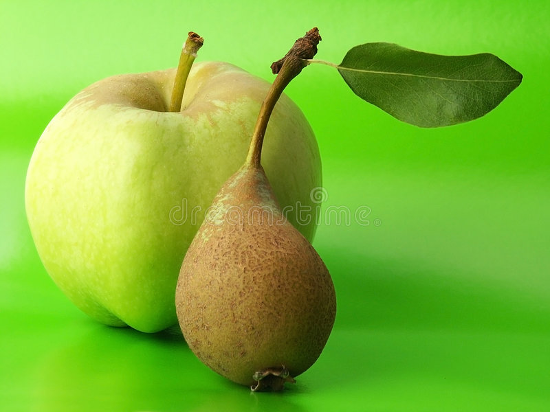 Apple & Pear royaltyfria bilder