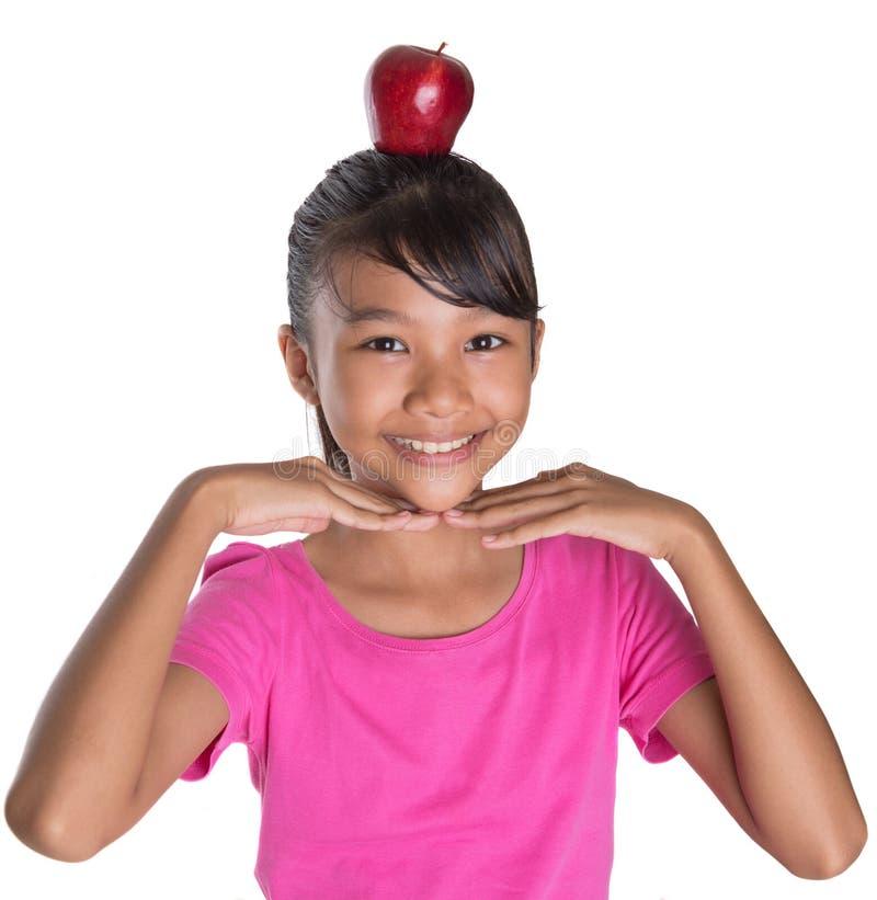 Apple rosso d'equilibratura I fotografia stock