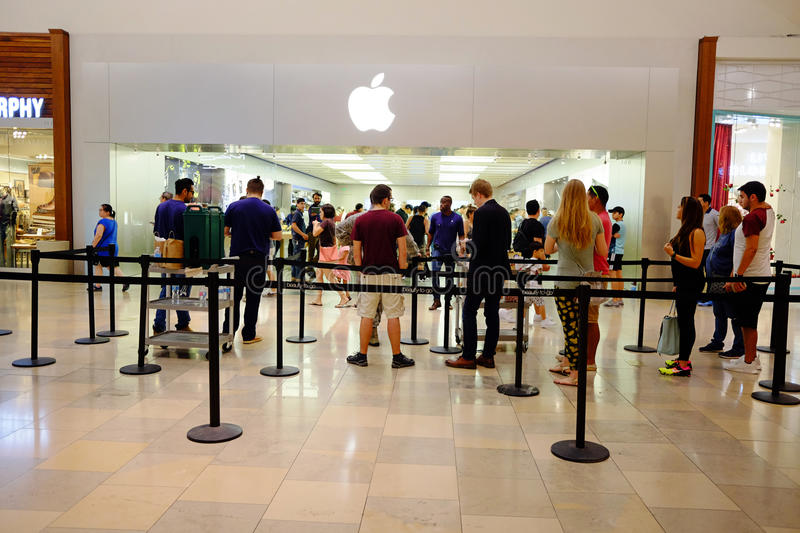 Apple Store Line royalty free stock photography