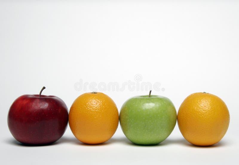 Apple und Orange lizenzfreie stockfotografie