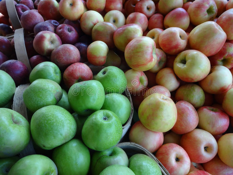 Apples at a Farmers' Market royalty free stock photos