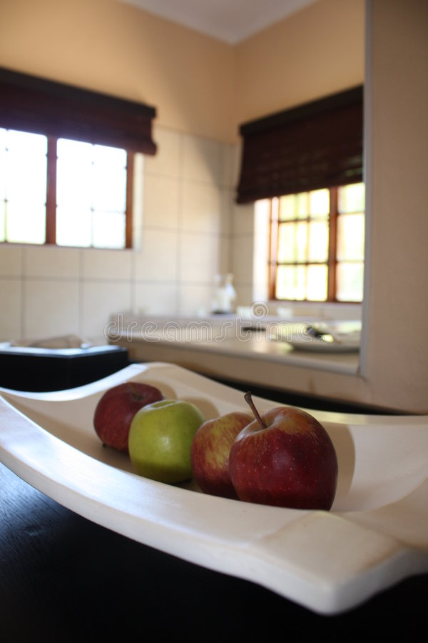 Free Apples In A Guest House Room Royalty Free Stock Photography - 7455907