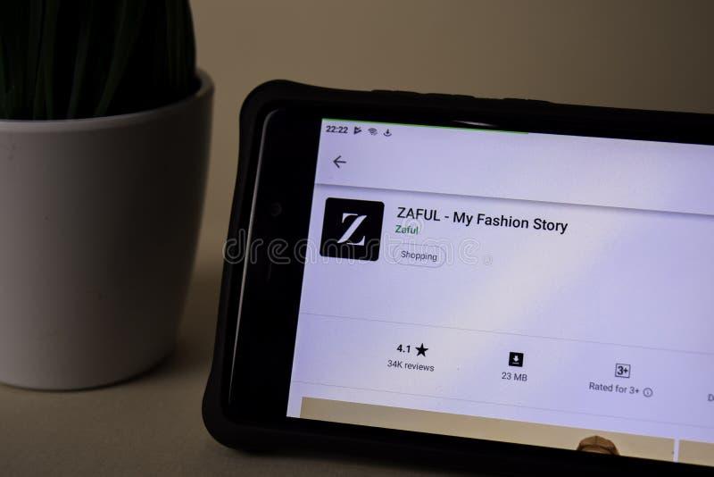 Applicazione dello sviluppatore di ZAFUL sullo schermo di Smartphone La mia storia di modo è un web del freeware fotografia stock libera da diritti