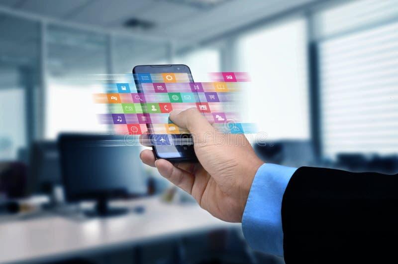 Applicazione di Internet sullo Smart Phone fotografie stock libere da diritti