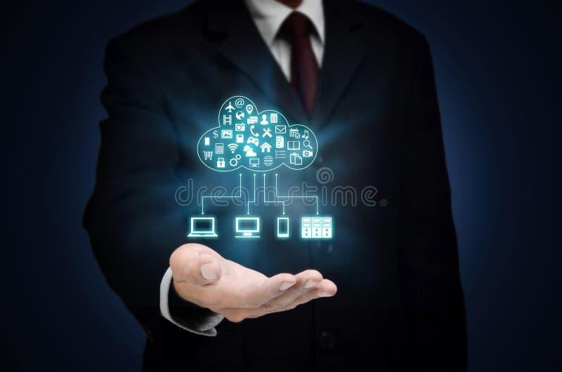 Applicazione ed ospitalità di server della nuvola di Internet fotografia stock libera da diritti
