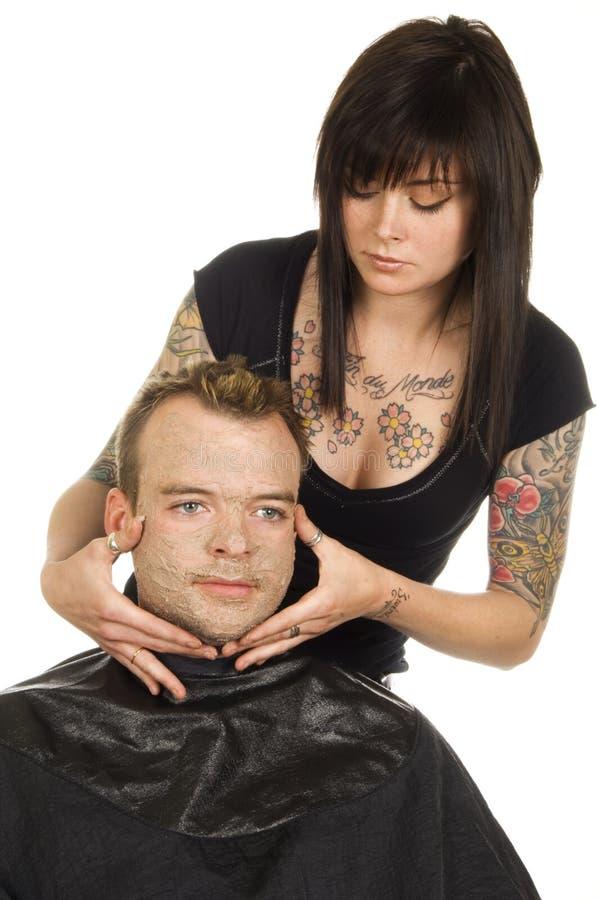 Applicazione facciale maschio della mascherina fotografia stock