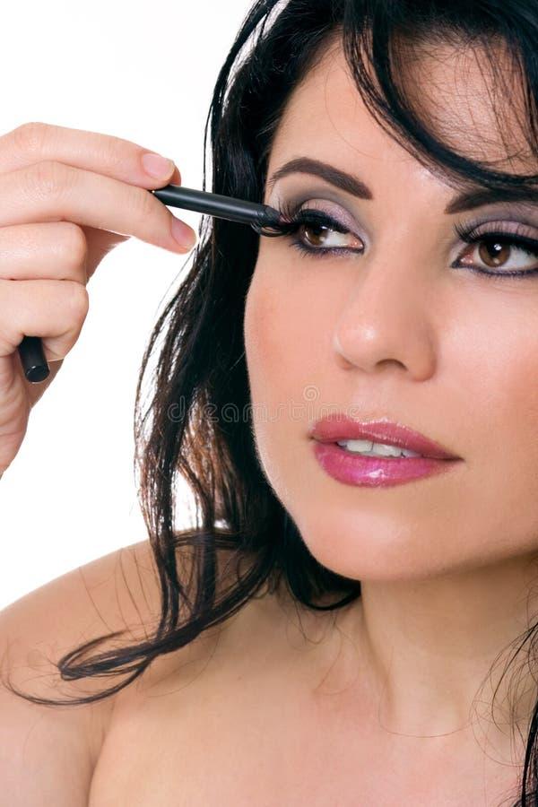 Download Applicera Den Härliga ögonblyertspennakvinnan Arkivfoto - Bild av kvinnlig, crayon: 976050