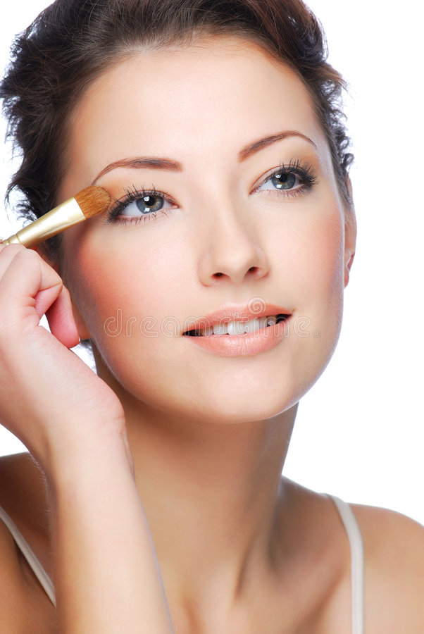 Free Applying Eyeshadow Using Eyeshadow Brush Stock Images - 7340994