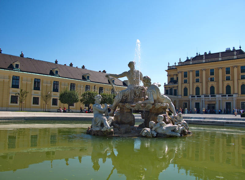 Appolo fontain in Schonbrunn Palace in Vienna, Austria. Schonbrunn Palace is a superb example of imperial architecture of the Austro-Hungarian Monarchy in Vienna stock photos