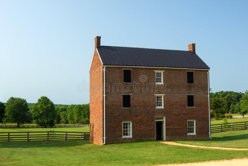 Appomattox County arrest - parkerar nationellt historiskt för den Appomattox domstolsbyggnaden royaltyfri fotografi