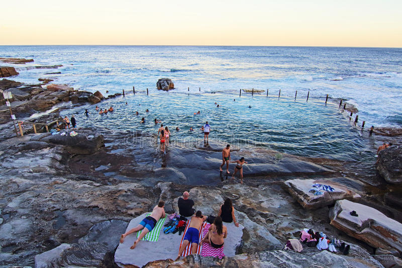 Apprécier la plage d'été photographie stock libre de droits