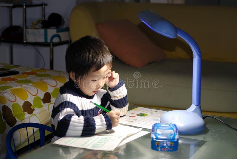 Apprendimento del bambino fotografie stock