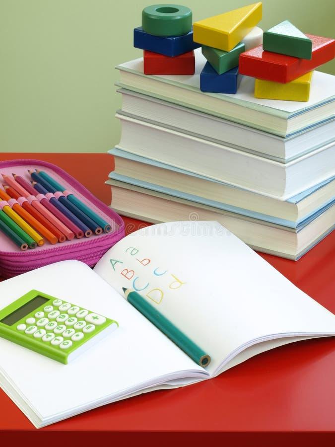 Apprentissage - maths et inscription photos libres de droits