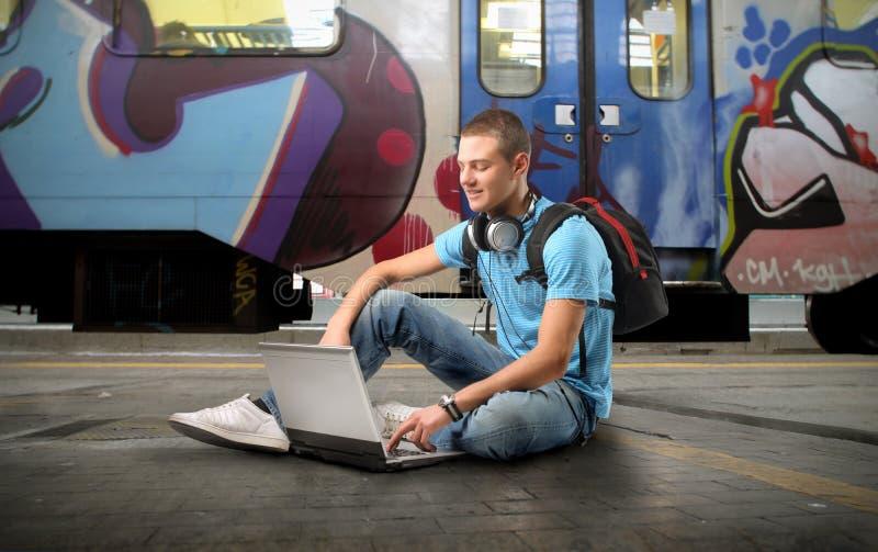 Apprentissage sur internet image libre de droits