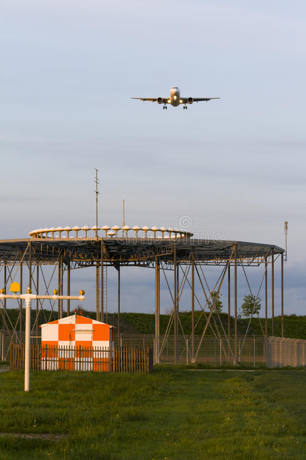 Download Approach stock image. Image of aviation, lighting, beacon - 19125259