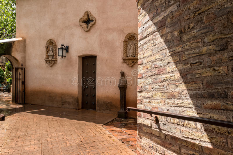 Approach to the chapel in Tlaquepaque in Sedona, Arizona. Tlaquepaque, walkway to the chapel, Sedona, Arizona stock photography
