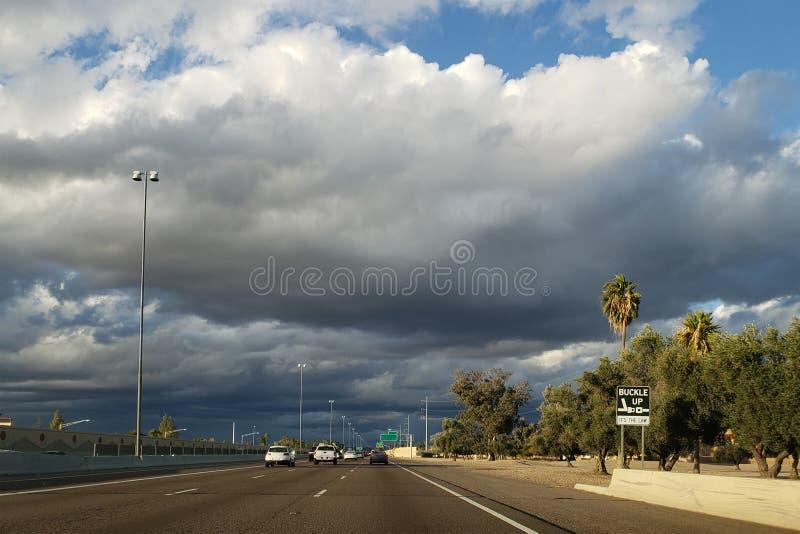Approccio della tempesta di inverno fotografia stock libera da diritti