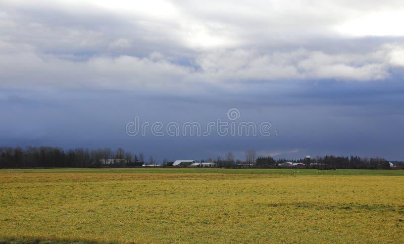 Approche de tempête d'hiver photographie stock