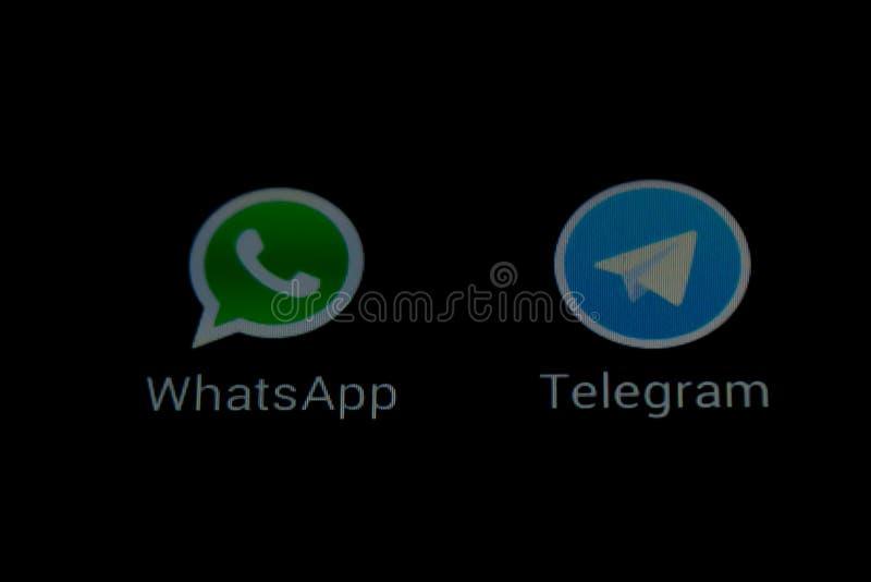 Apps de transmission de messages de WhatsApp et de télégramme illustration libre de droits