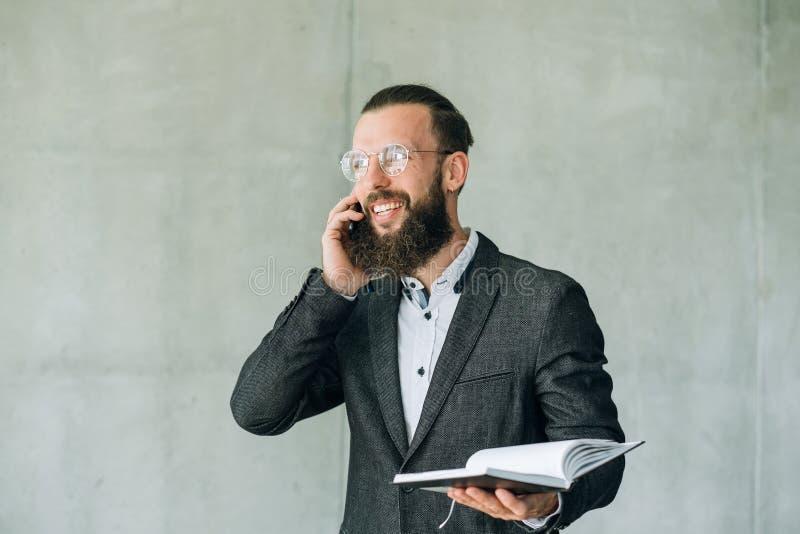 Appuntamento di programma di conversazione telefonica di affari fotografie stock libere da diritti