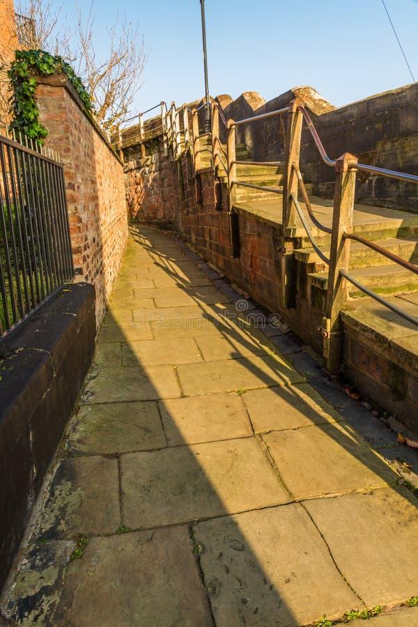 Après-midi ensoleillé de Chester City Wall, portrait image libre de droits