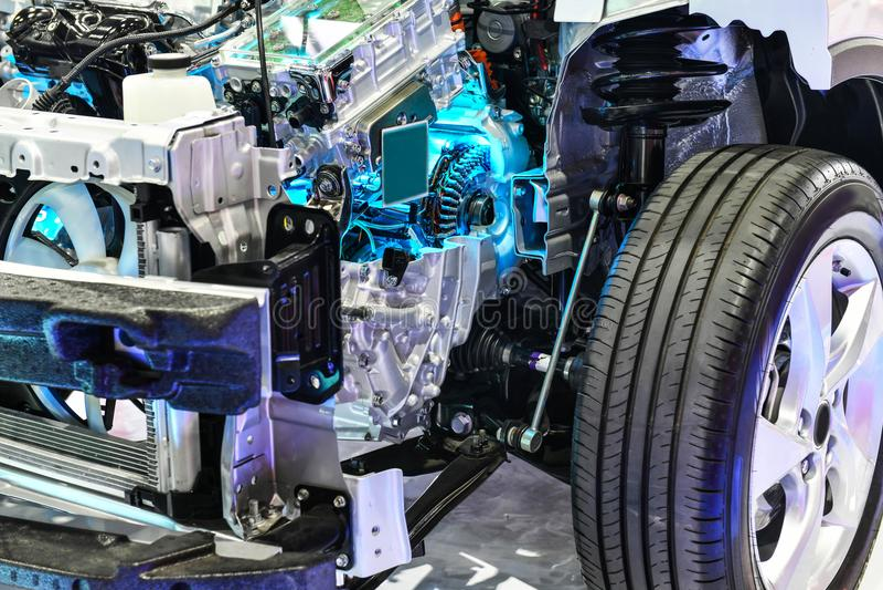 Apra il motore potente dell'ibrido dell'automobile del blocco immagini stock libere da diritti