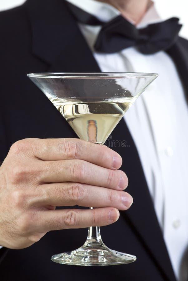 Apreciando um Martini foto de stock