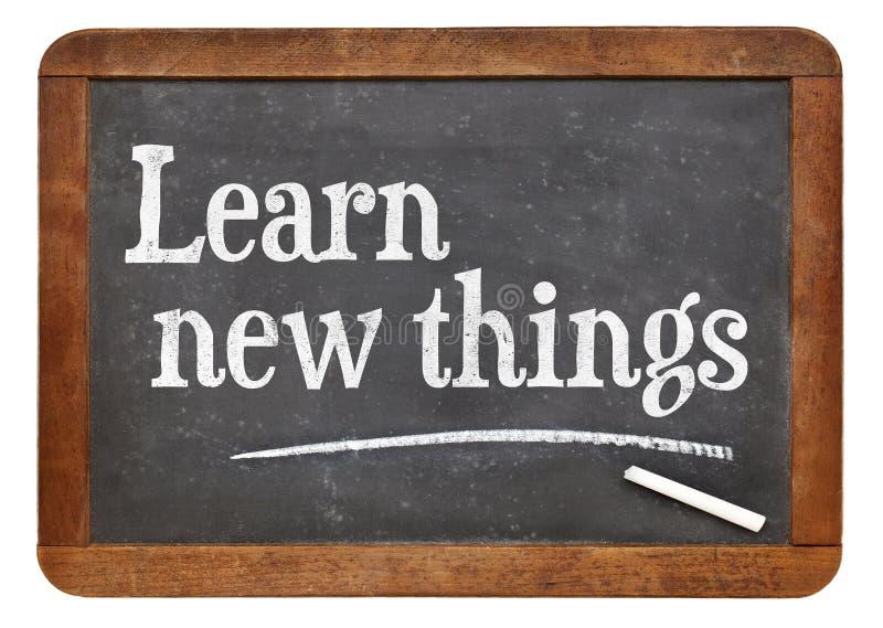 Aprenda coisas novas no quadro-negro imagem de stock royalty free