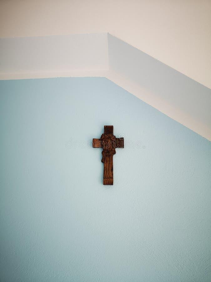 Apresentar crucifixos domésticos fotografia de stock