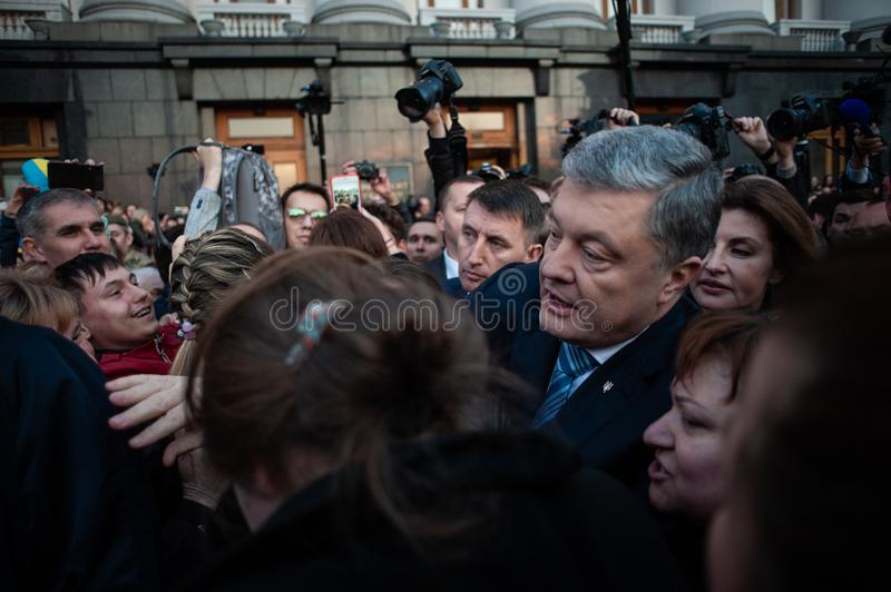 Poroshenko  thanked Ukrainians who came to thank him and support him royalty free stock photos