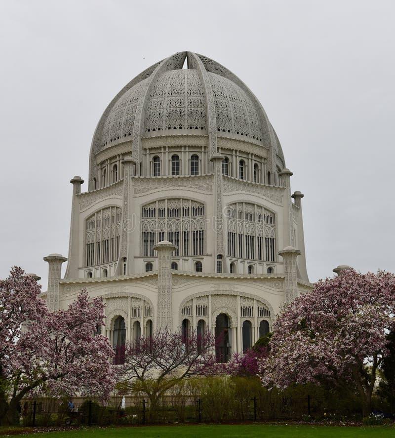 April Showers bij de Tempel van Baha ` i royalty-vrije stock foto
