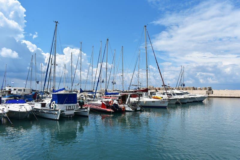 11 aprile 2018, Giaffa, Tel Aviv, Israele, barche di Medio Oriente nel porto di Giaffa, più vecchia parte della città di Tel Av fotografie stock
