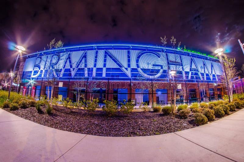 Aprile 2015 - le regioni di Birmingham Alabama sistemano la lega minore baseb fotografie stock