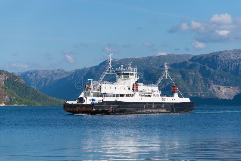 Aproximação do ferryboat imagem de stock royalty free
