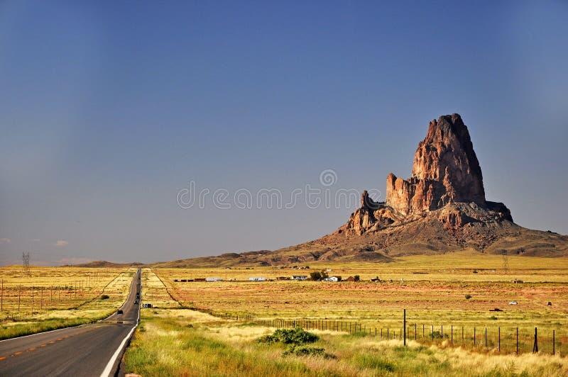 Aproximação tribal do parque do Indian de Navajo do vale do monumento foto de stock