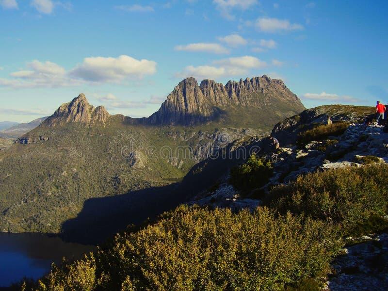 Aproximando a cimeira da montanha Tasmânia Austrália do berço fotografia de stock royalty free