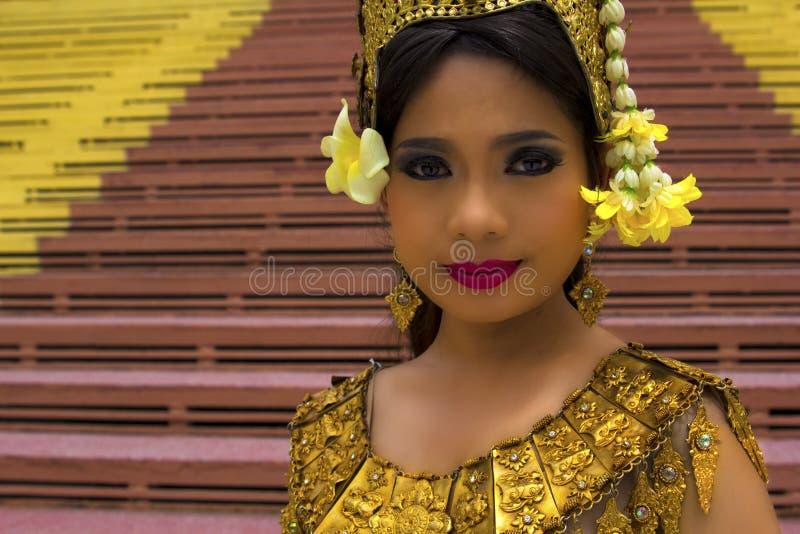 Apsara在寺庙的舞蹈家表现 免版税库存照片