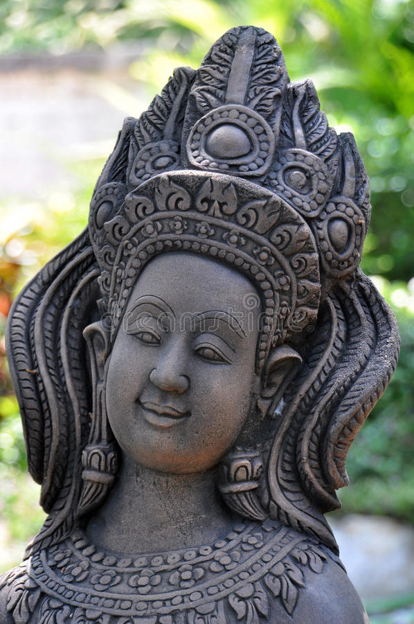 Apsara calcola, ballerino celeste decorato in giardino fotografie stock