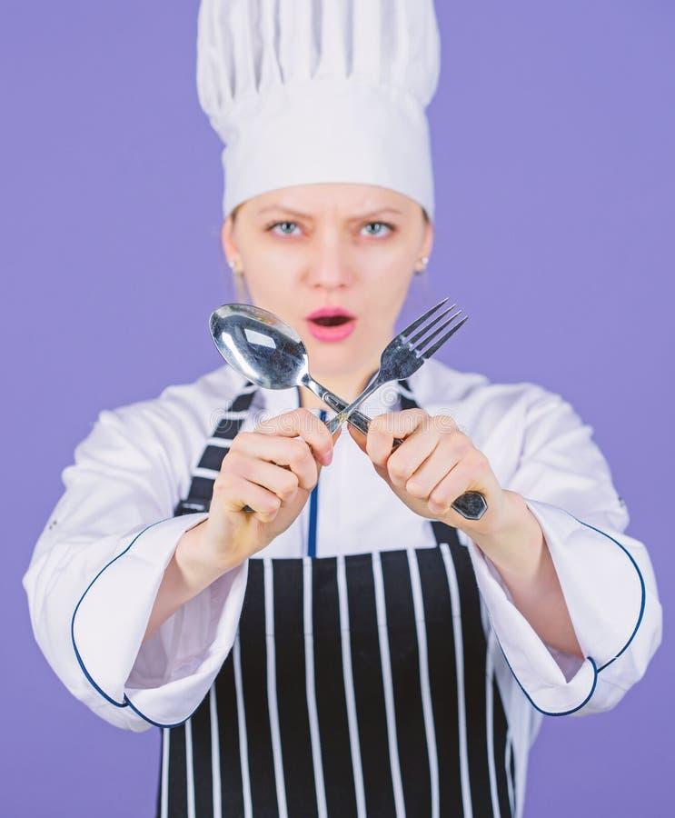 Aptit och smak Traditionellt kulinariskt Yrkesm?ssig kock av kulinarisk skola Akademi f?r kulinariska konster Kulinarisk skola royaltyfria foton