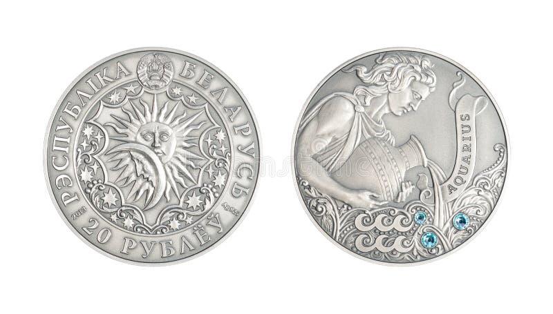 Aquário astrológico do sinal da moeda de prata imagens de stock