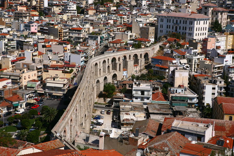 Aquädukt Kavala lizenzfreies stockbild