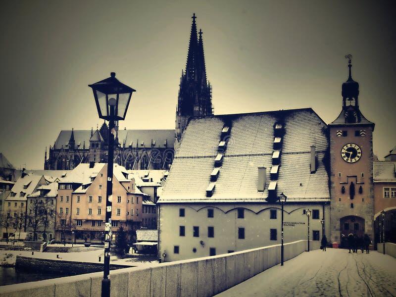 Aquí están las mejores atracciones de la ciudad alemana histórica, cultura-rica de Regensburg foto de archivo libre de regalías